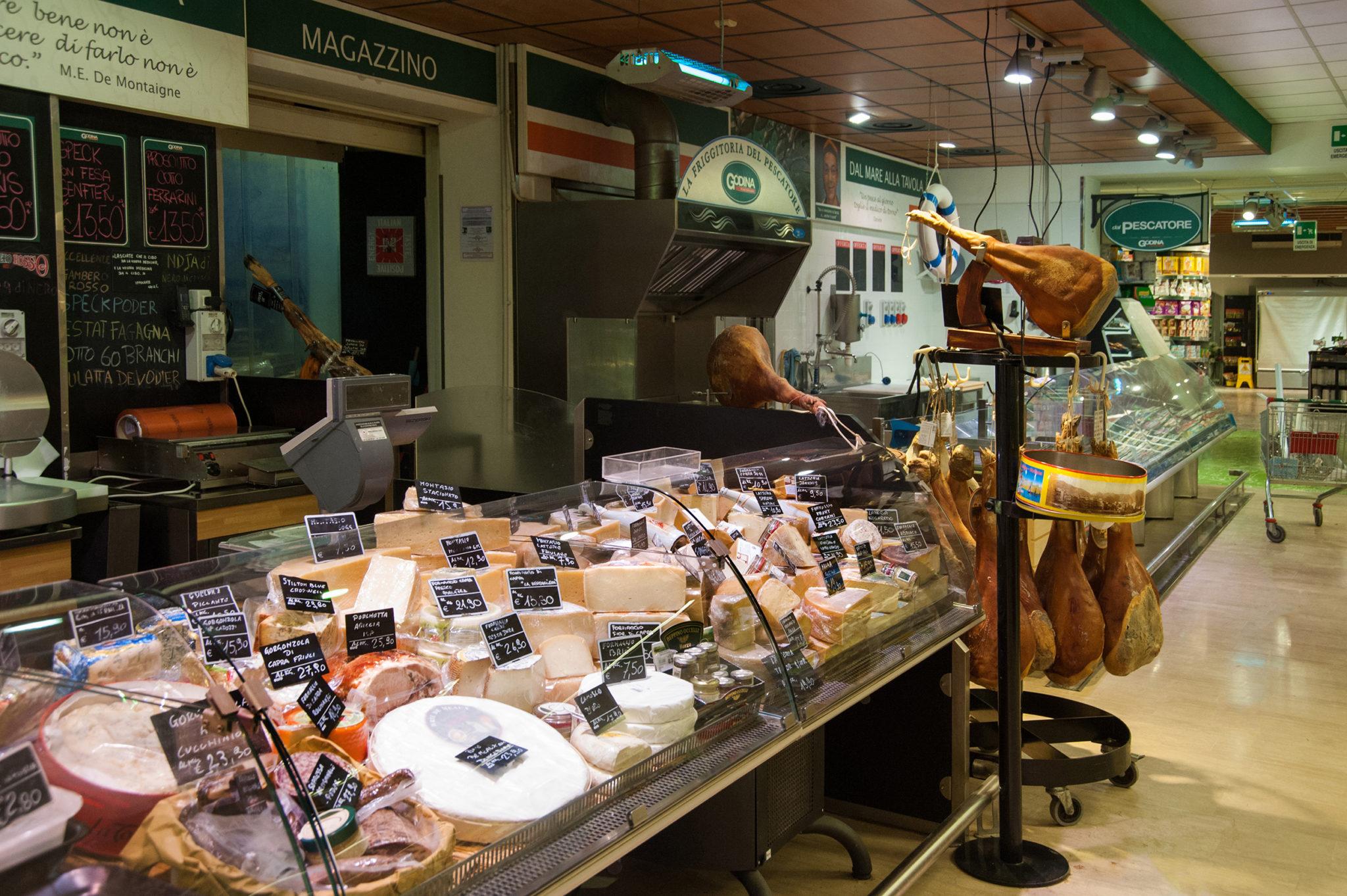 salumi e formaggi a Gorizia